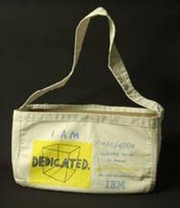 Single Pouch Carrier Bag